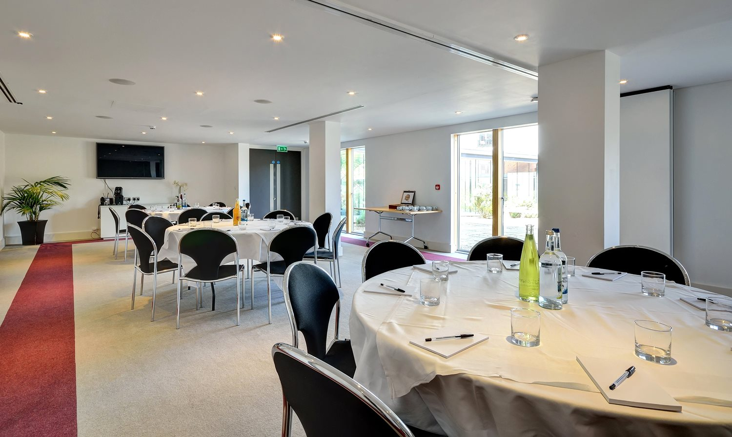 The Thorpe Suite can accommodate up to 60 delegates (theatre style) and can be set up in many different seating styles.